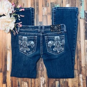 MISS ME | Bling Fleur De Lis Pocket Bootcut Jeans